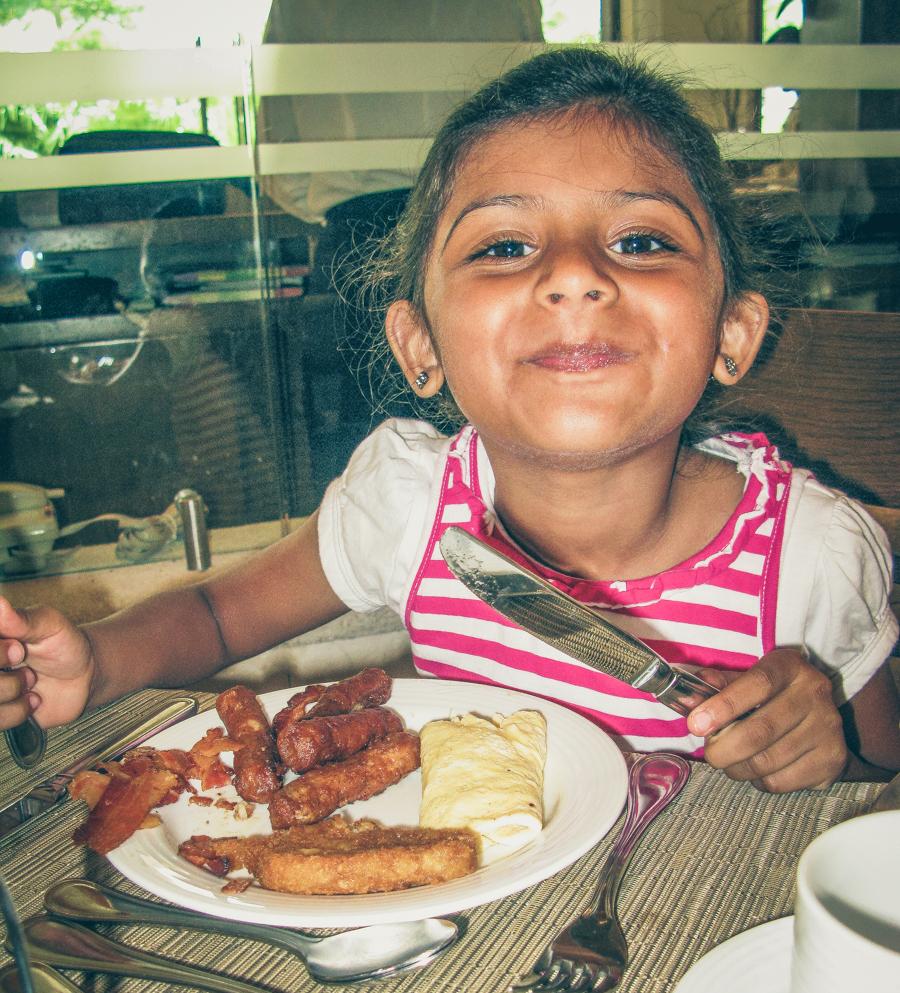 Shalini Enjoys Breakfast